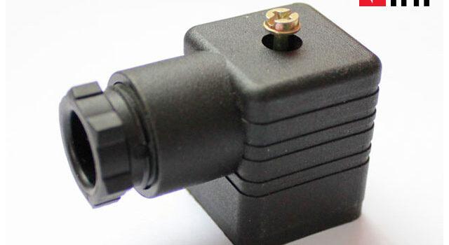Solenoid-Plug-1