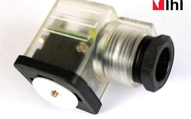 Solenoid-Plug-4